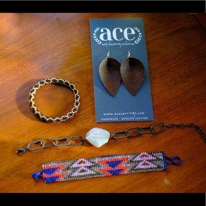 Jewelry - Bracelet and earring set